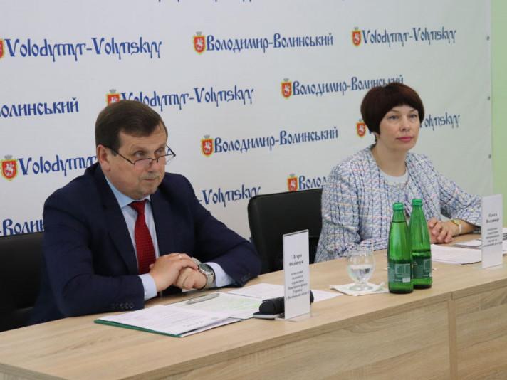 Волинянам розповіли про нові електронні послуги Пенсійного фонду України
