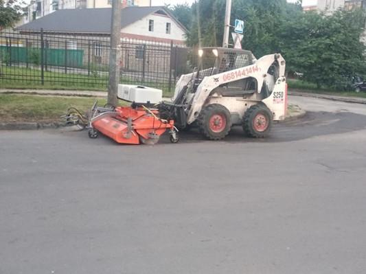 Прибирання вулиць