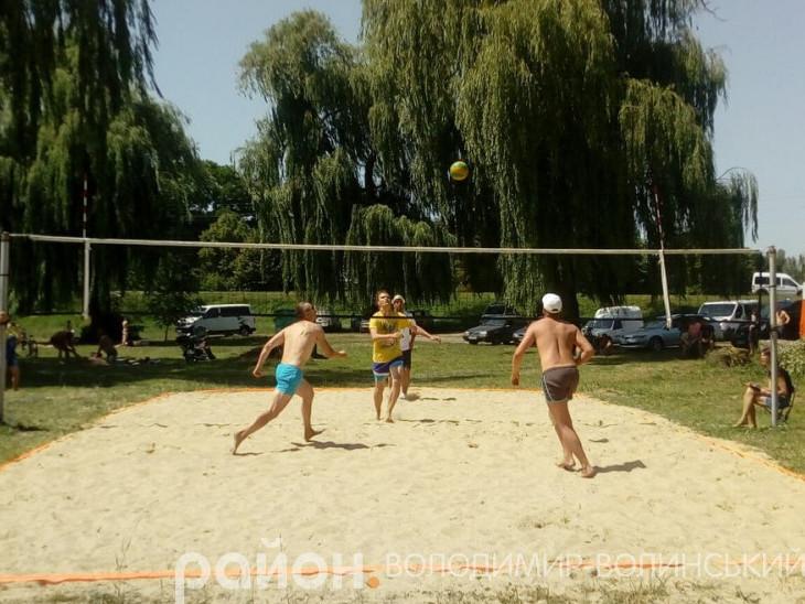 У Володимирі змагались волейболісти