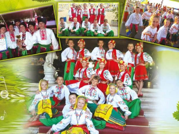Народний дитячо-юнацький хореографічний ансамбль народного танцю «Полуничка»