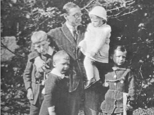 Ігор Стравінський з дітьми, 1916