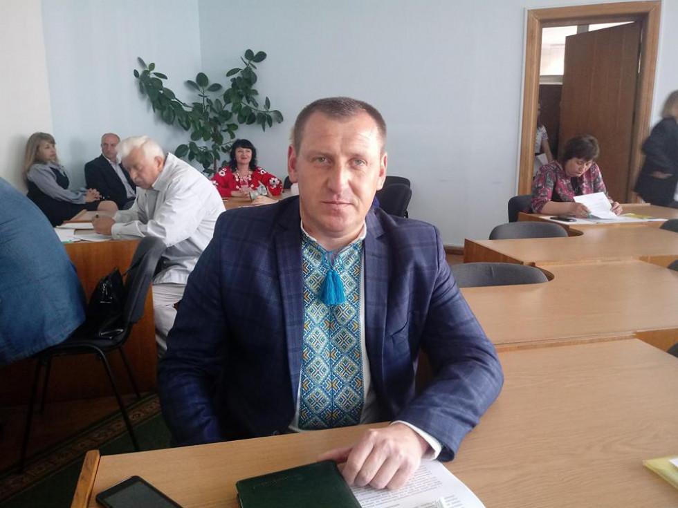 Начальник управління освіти, молоді та спорту В'ячеслав Петрук