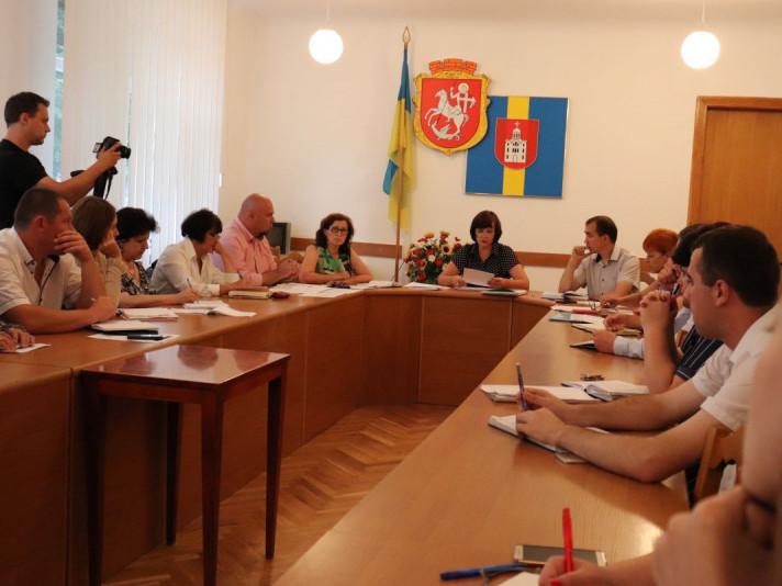 Під час робочої зустрічіприсутні обговорили розміщення локацій під час святкування та робочий план проведення заходів.