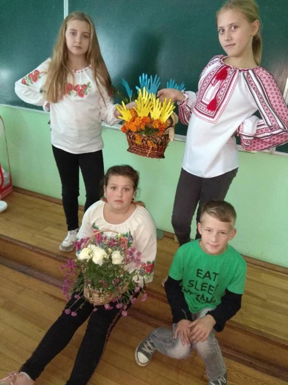 В кожному класі активно готувалися до святкування Дня школи