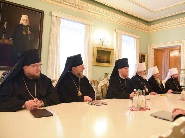 Єпископ Матфей взяв участь у засіданні Священного Синоду