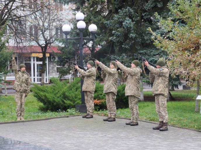 На Волині вшанували подвиг українського народу