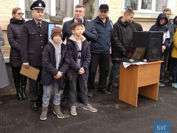 На Волині поліція відзначила двох шестикласників, які допомогли розкрити злочин