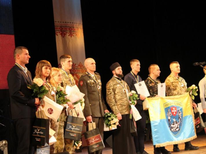 Мер Володимира та військовослужбовці - кого обрали «Людьми року» цьогоріч на Волині