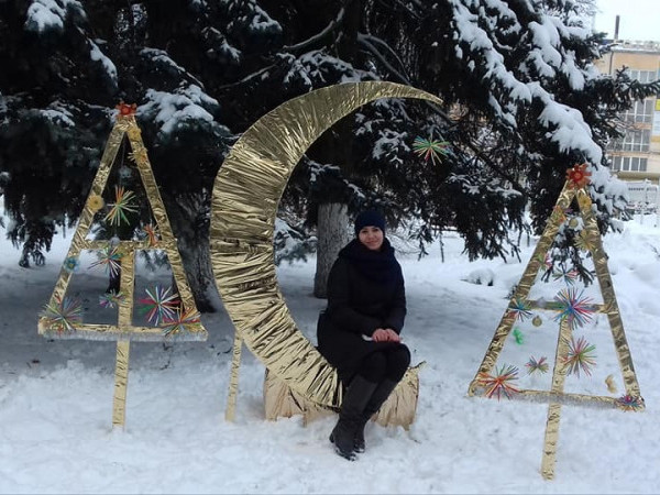 У місті на Волині встановлюють новорічні та різдвяні інсталяції