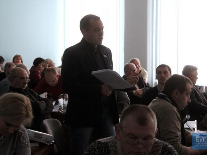 У Володимирі депутати просять «вліпити» догану секретарю міської ради