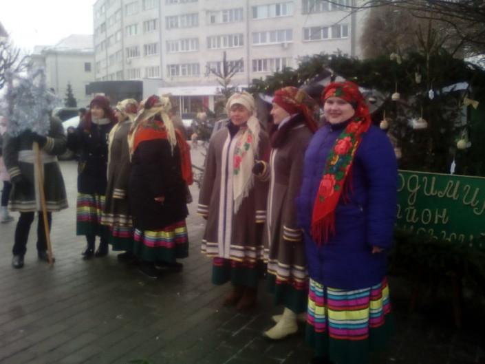 Творчі колективи Володимирщини колядували в обласному центрі
