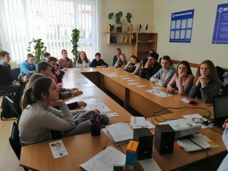 Школярам Володимира провели профдіагностичне тестування