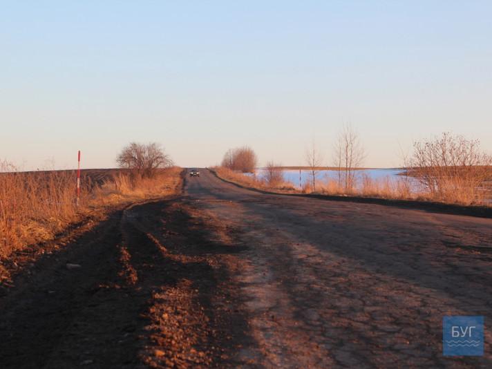 Володимир-Павлівка– дорога, де водії«вбивають» свої автівки