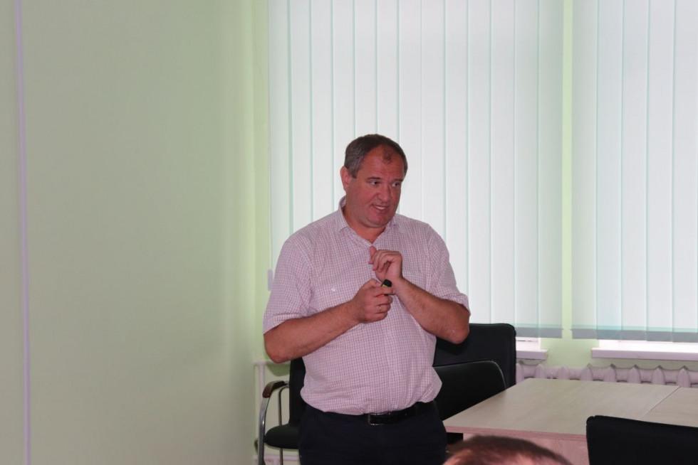 Експерт програмиВіталій Лесюкохарактеризував вихідні дані по місту Володимиру-Волинському в галузі всіх підприємств тепло-, газо- та електропостачання
