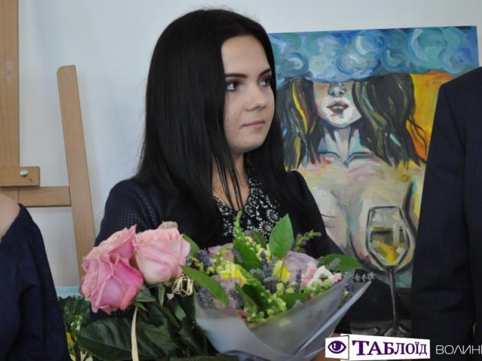 Я не боюся малювати свої емоції: донька Героя презентувала персональну виставку